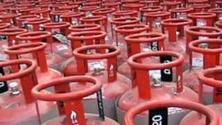 LPG Price Today: Cooking Gas Price Cut by Rs 162.50 in Delhi, Check Latest Rates Here