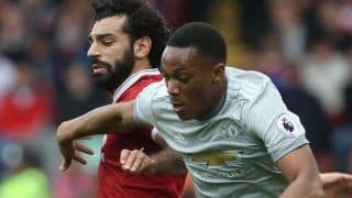 Manchester United Holds Liverpool to a Goalless Draw as Manchester City Closes in on Points Table