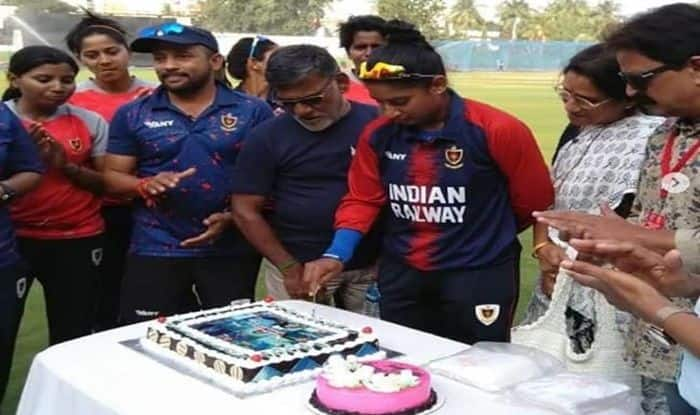 Away From Controversies And Spat With Ramesh Powar, Mithali Raj Spends Her Birthday on Cricket Field | SEE PICS