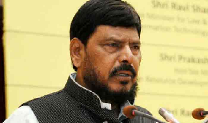 Lok Sabha Elections 2019: Day After Threatening to Quit, Ramdas Athawale Says, 'RPI Will Continue in NDA, Just Seeks 2 Seats'