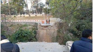 देहरादून में अंग्रेजों के जमाने का पुल गिरा, दो लोगों की मौत, कई गांवों का संपर्क मार्ग टूटा