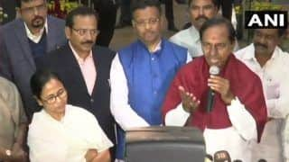 For Non-Congress, Non-BJP Third Front, KCR Reaches Out to Mamata Banerjee