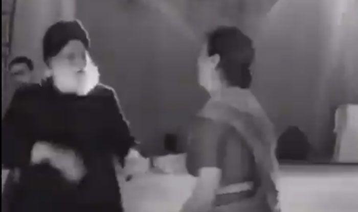 Video: DJ पर पंजाबी गाना बजने के बाद खुद को रोक नहीं पाया ये बुजुर्ग कपल, ऐसे किया Ball Dance