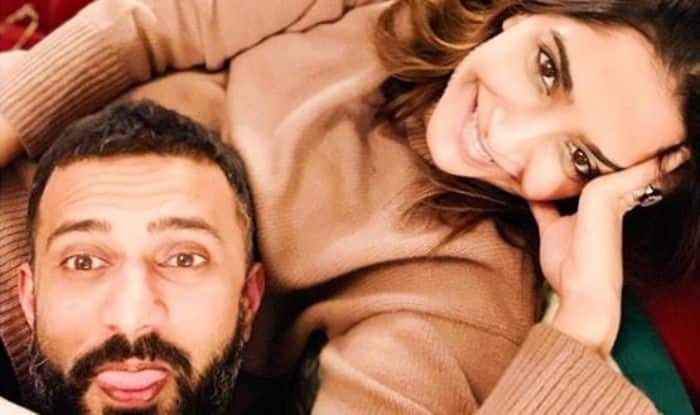 Sonam Kapoor Shares an Adorable Picture With Husband Anand Ahuja Goofing Around