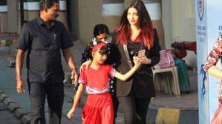 Aishwarya Rai Bachchan And Abhishek Bachchan Smile With Pride as Aaradhya Bachchan Performs at School Annual Day, Watch