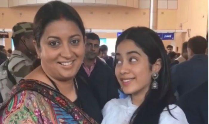 Janhvi Kapoor Calls Smriti Irani 'Aunty', Watch Netizens' Hilarious Reaction Here