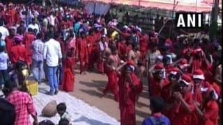 Andhra Pradesh: Indrakeeladri Temple Implements Dress Code For Devotees; no Jeans, Woman Can Come in Saree or Lehenga