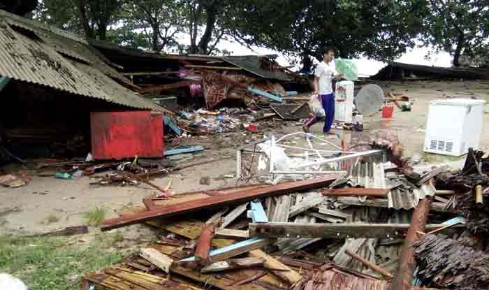 Indonesia Tsunami: Death Toll Rises to 281; Over 100 Injured
