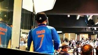 MS Dhoni Coming Out to Bat For Final Time in Australia, Crowd Gives Standing Ovation | WATCH