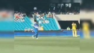 2nd ODI India vs Australia: MS Dhoni Chants All Around at SCG Even As Virat Kohli-Led India Lose | WATCH