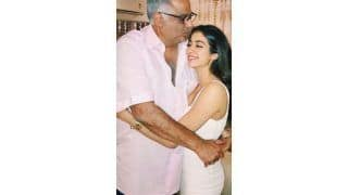 Janhvi Kapoor Shares Screenshot of Hilarious Conversation With Father Boney Kapoor That Will Tickle Your Funny Bones