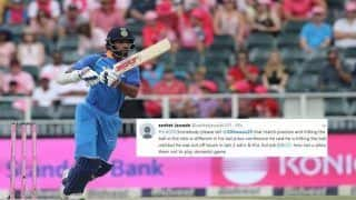 3rd ODI India vs Australia Melbourne: Shikhar Dhawan Falls Prey to a Soft Dismissal From Marcus Stoinis, Twitter Trolls Indian Opener