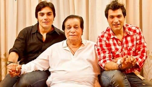 Remembering Kader Khan: Looking Back at Some of The Latest Pics of The Late Veteran Actor With His Sons