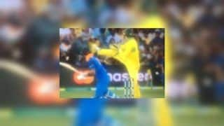 2nd ODI India vs Australia Adelaide: Alex Carey Does A MS Dhoni as Virat Kohli Plays Late Cut | WATCH