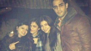 Anushka Sharma And Sakshi Dhoni Are Classmates, Their Throwback Pictures Going Viral on Social Media