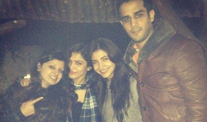 Anushka Sharma and Sakshi Dhoni