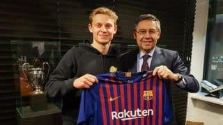 Barcelona Signs Dutch Midfielder De Jong For 75 Million Euros