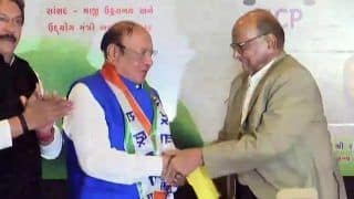 Lok Sabha Elections 2019: Former Gujarat CM Shankersinh Vaghela Joins Nationalist Congress Party in Presence of Sharad Pawar
