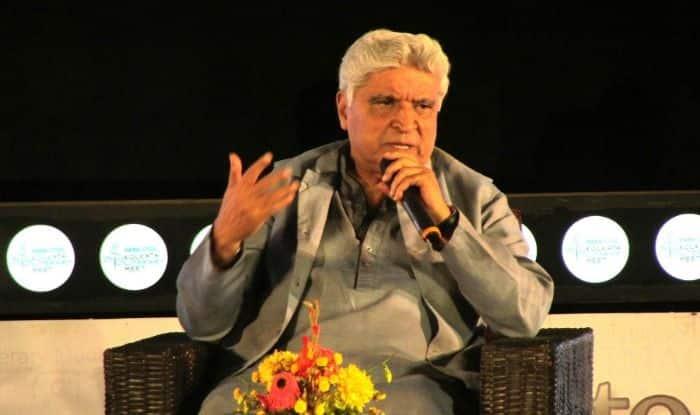 Javed Akhtar's 'Ban Ghunghat Too' Suggestion Creates Stir in Rajasthan Ahead of Lok Sabha Election 2019