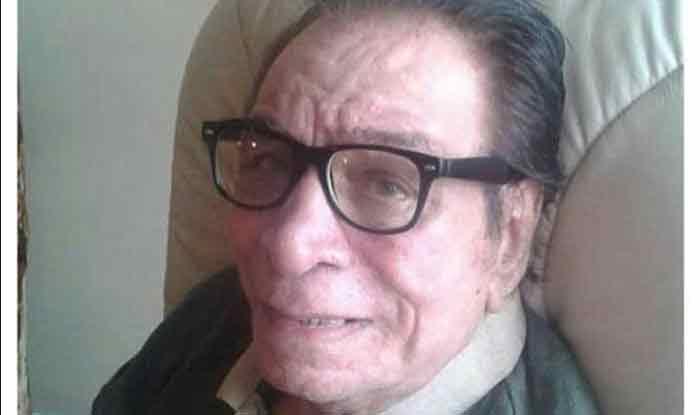 कादर खान के जनाजे में पहुंचना तो दूर, किसी सेलिब्रेटी ने फोन तक नहीं किया, बेटे सरफराज ने जताई नाराज़गी