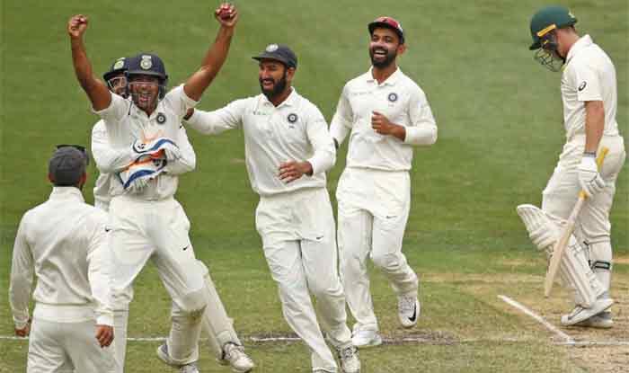 गावस्कर का आलोचकों को जवाब, स्मिथ-वॉर्नर का न खेलना टीम इंडिया की गलती नहीं