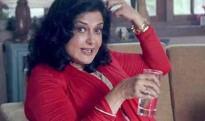 शर्ट-पैंट में दिखी एंकर तो मौसमी चटर्जी ने दी सलाह- भारतीय कपड़े पहनो, जींस पहन मंदिर नहीं जा सकते