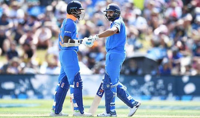Live Cricket Score India vs New Zealand 3rd ODI: Shikhar Dhawan, Rohit Sharma Start Solid in 244 Chase vs NZ