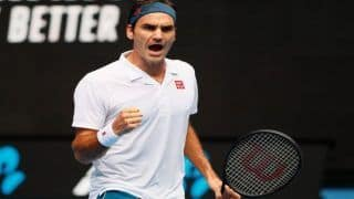 Roger Federer Cruises Into Round of 16 at Australian Open