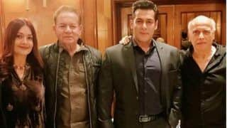Salman Khan And Salim Khan Strike a Pose With Pooja Bhatt, Mahesh Bhatt as they Attend Sakshi Bhatt's Wedding Reception - See Pics