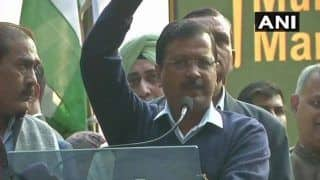 AAP's Mega Rally in Delhi: Don't Vote For 12th Pass, Please Elect an Educated Man, Says Arvind Kejriwal