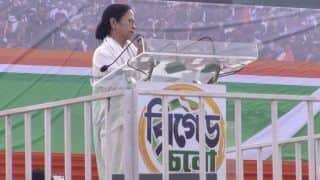 Mamata Banerjee's Mega Opposition Rally in Kolkata: TMC Chief Attacks Modi Govt, Says Its Expiry Date is Over