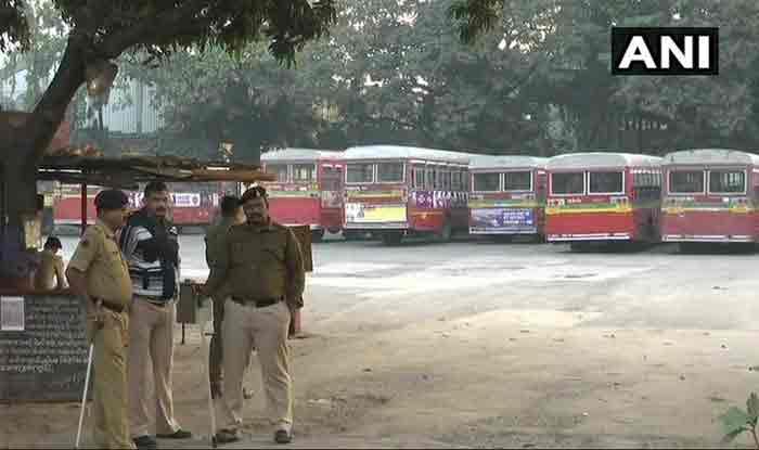 मुंबई में 7वें दिन पहुंचा BEST हड़ताल, MNS ने सड़क पर उतर प्रदर्शन की दी धमकी