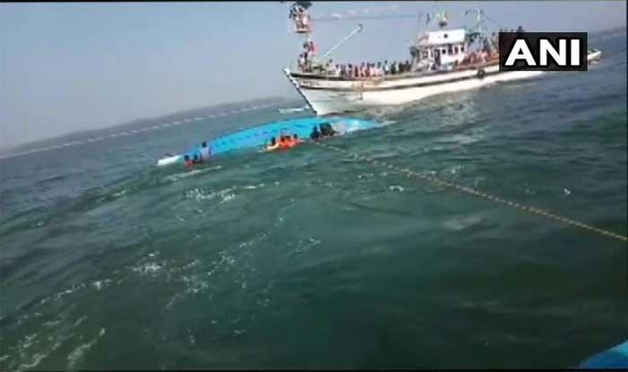 कर्नाटक: काली नदी में नाव डूबी, नेवी और कोस्टगॉर्ड ने अब तक 8 डेडबॉडी निकाली