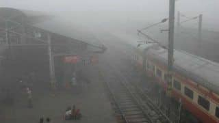 Fog Disrupts Air, Rail Traffic in Delhi; Early Morning Departures on Hold at Airport; 10 Trains Run Late