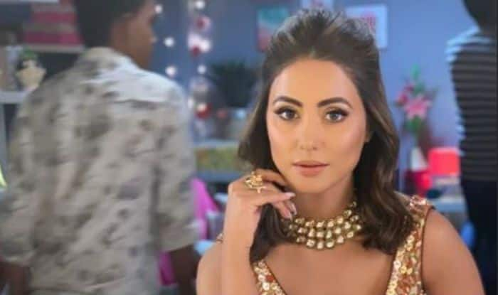 Hina Khan Looks Hot And Glamorous in Sexy Orange And Golden Lehenga, Pics Will Make You go Crazy
