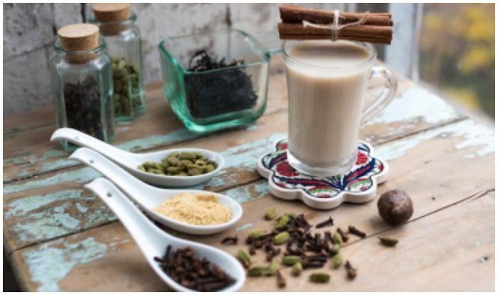 सर्दियों में ऐसे बनाएं मसाला चाय, इन तकलीफों से रखेगी आपको दूर