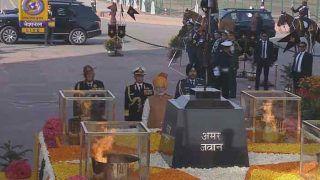 गणतंत्र दिवस: राजपथ पर दी गई 21 तोपों की सलामी, पीएम ने दी शहीदों को श्रद्धांजलि