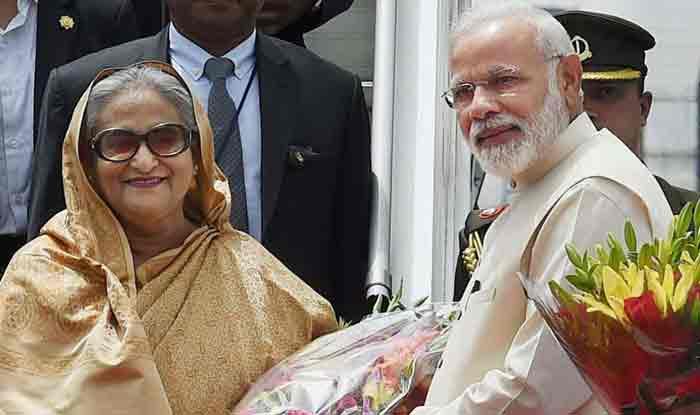 'पड़ोसी पहले' नीति पर पीएम मोदी, शेख हसीना को दी सबसे पहले बधाई