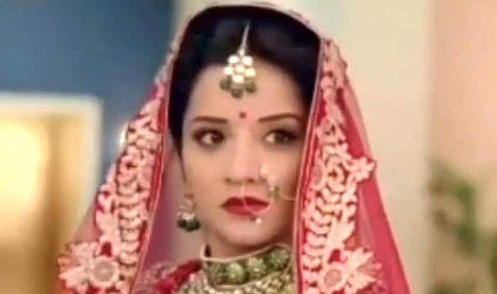 Bhojpuri Sensation Monalisa Turns a Hot Bride For Her TV Show, Posts New Promo on Instagram