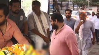 Nana Patekar's Mother Nirmala Patekar Passes Away, Actor Performs Last Rites in Oshiwara