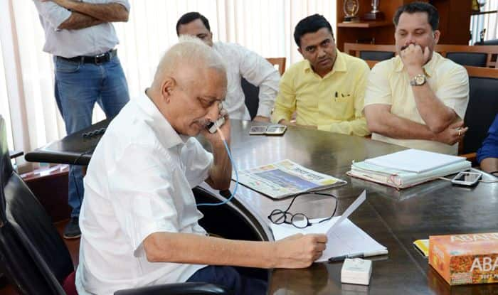 Rafale Deal: Goa Congress Writes to President Ram Nath Kovind Seeking Enhanced Security For CM Manohar Parrikar Fearing 'Threat to His Life to 'Obtain Files'