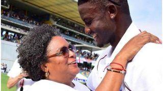 इंग्लैंड को हराकर वेस्टइंडीज ने जीता प्रधानमंत्री का दिल, मैदान पर हुआ 'हंगामा'
