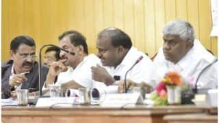 संकट में है कर्नाटक सरकार? मंत्री ने बीजेपी पर लगाया 'ऑपरेशन लोटस चलाने का आरोप