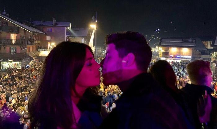 Priyanka Chopra-Nick Jonas Ring in New Year 2019 With an Intimate Kiss, See Video
