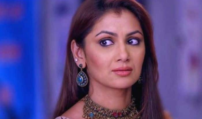 Kumkum Bhagya January 14 Written Update: Abhi Asks King to Leave Pragya, Purab-Disha in Shock to See Tanu at Hospital