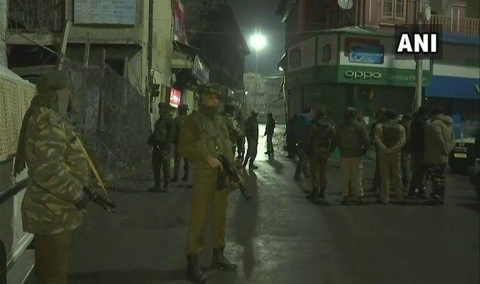 Jammu And Kashmir: Terrorists Lob Grenade at CRPF Near Lal Chowk in Srinagar