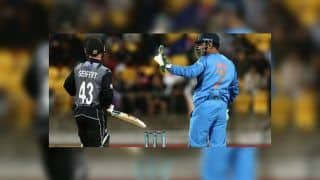 India vs New Zealand 2nd T20I: MS Dhoni Takes Over as Captain From Rohit Sharma at Auckland | WATCH VIDEO