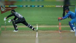 India vs New Zealand 3rd T20I: MS Dhoni Shows Lightening Reflexes to Stump Tim Seifert Off Kuldeep Yadav's Bowling | WATCH VIDEO
