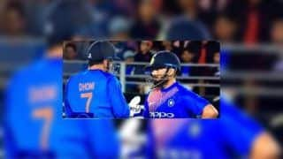 2nd T20I India vs New Zealand: Rishabh Pant Gets Hands-On Learning From Master MS Dhoni | WATCH VIDEO