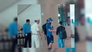 India vs Australia 2019: Virat Kohli Wins Heart, Obliges Fan With Autograph in Vizag Ahead of 1st T20I | WATCH VIDEO